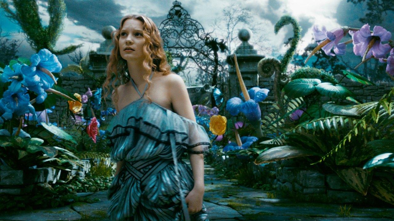 Alice in Wonderland (2010) - Now Very Bad...